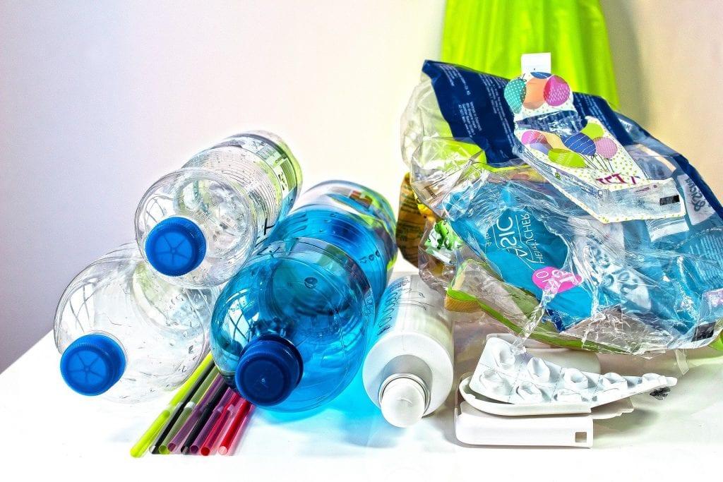 Plastic bottles, the polar opposit of zero waste living