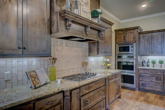 Oak kitchen cabinets, Natural Interiors