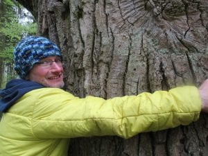 living sustainably, tree hugging