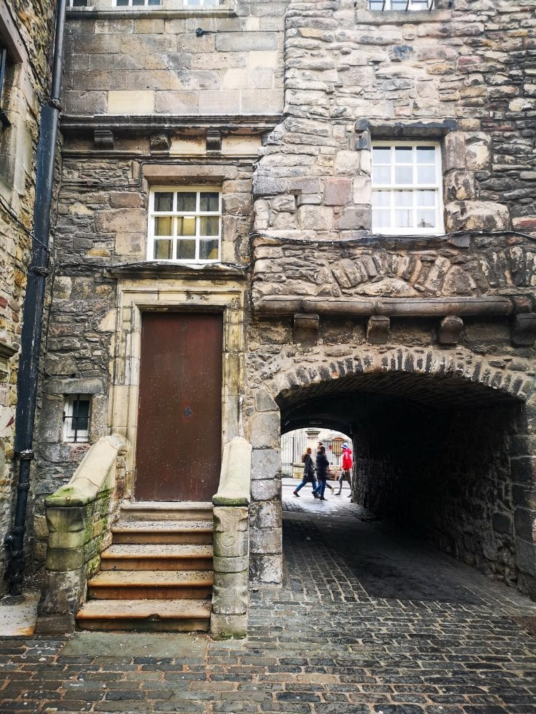 Bakehouse Close (cobblestone lane), Sustainable Edinburgh Guide