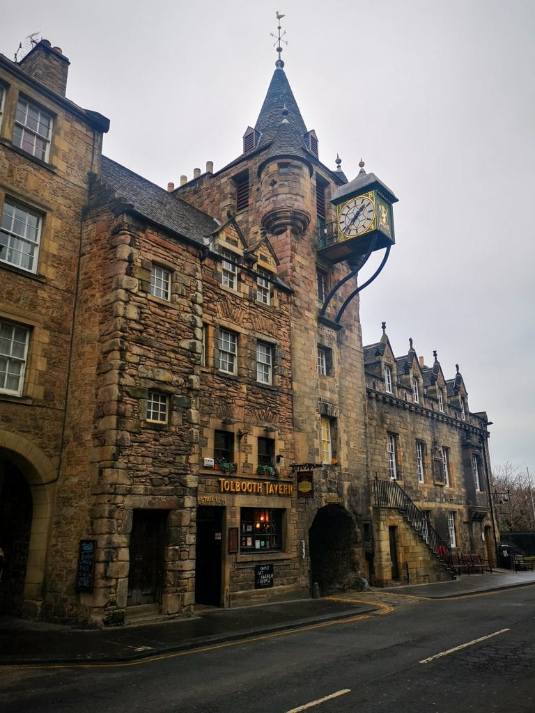 Tolbooth pub on the Royal Mile, Sustainable Edinburgh Guide
