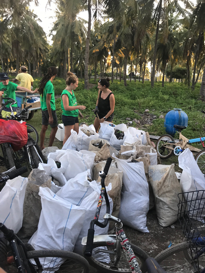 Volunteers help to clean up Plastic Waste in Indonesia