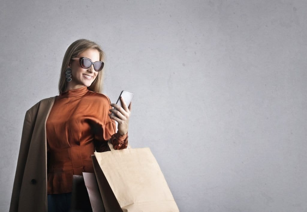 Woman wearing throwaway fashion