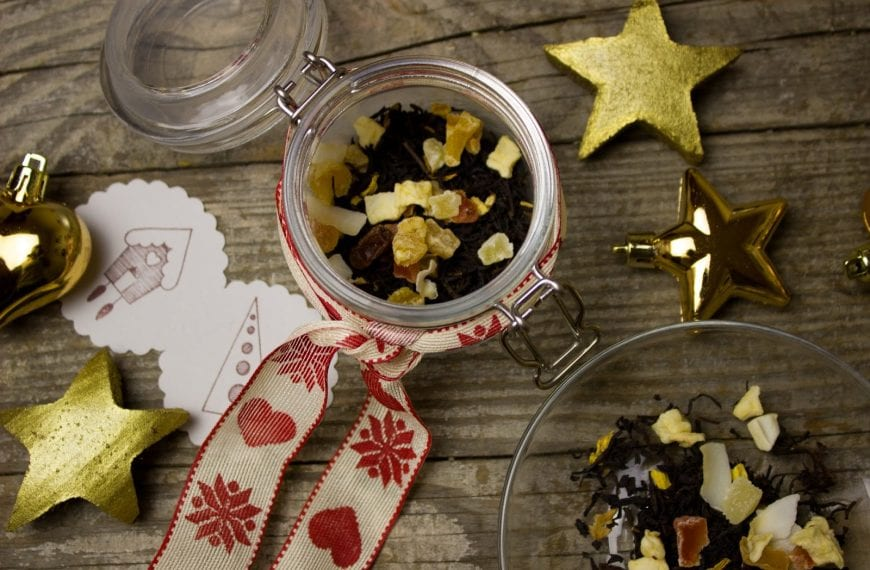 The Ultimate Guide to Enjoying a Zero Waste Christmas This Year
