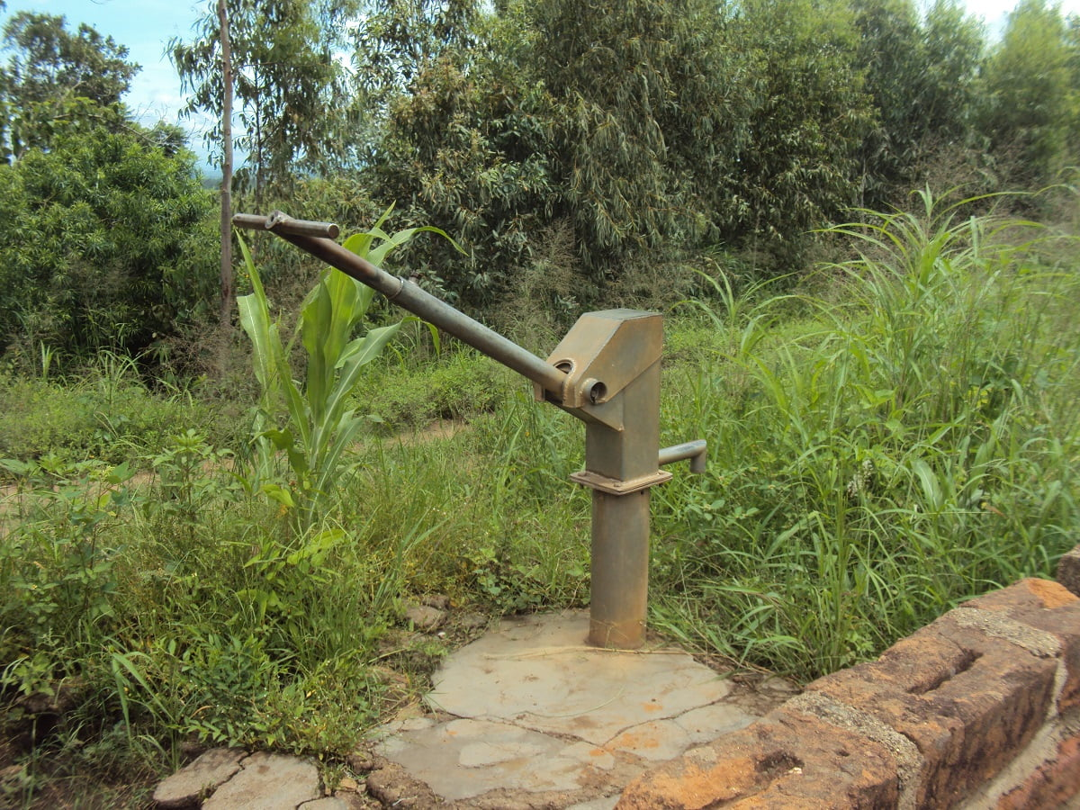 Large metallic pump for extracting ground water
