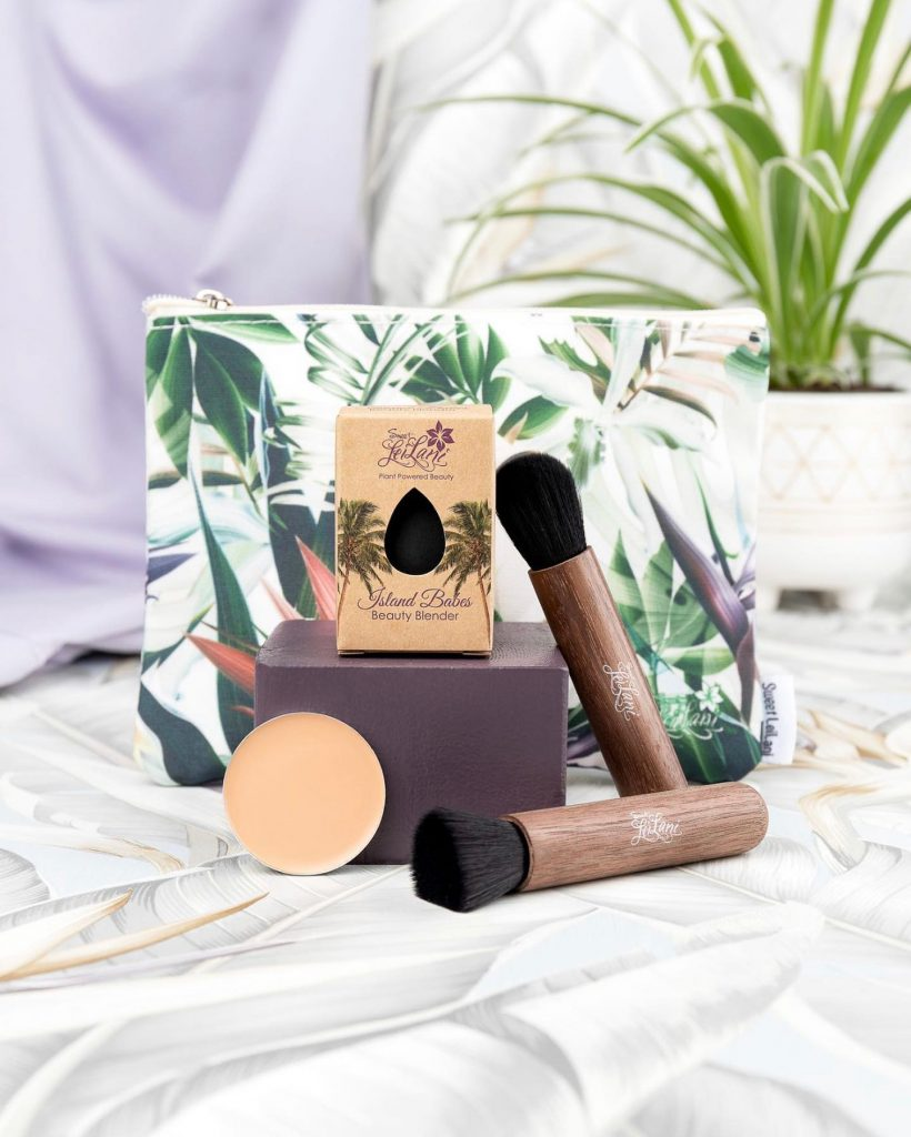 makeup bag and tools, Sustainable Skincare