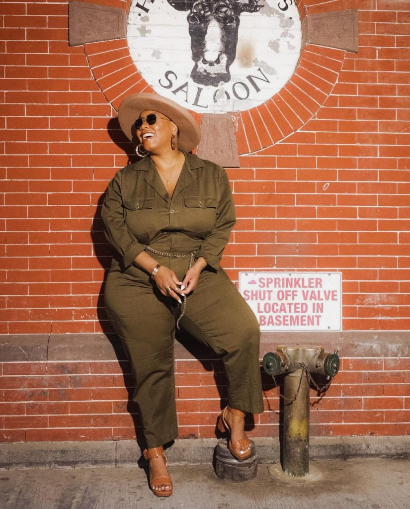 Plus-sized model in BAACAL outfit
