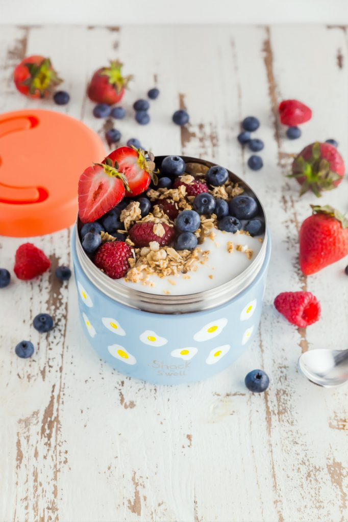 fruit and yoghurt in reusable container