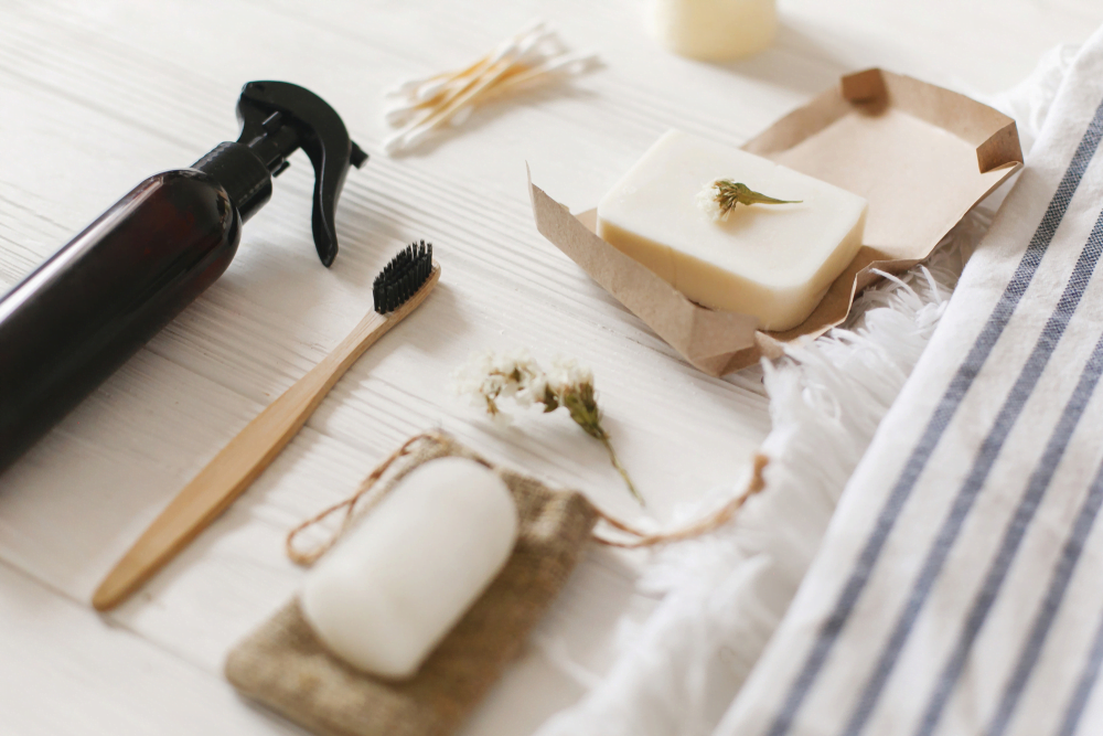 sustainable toiletries for a plastic-free home