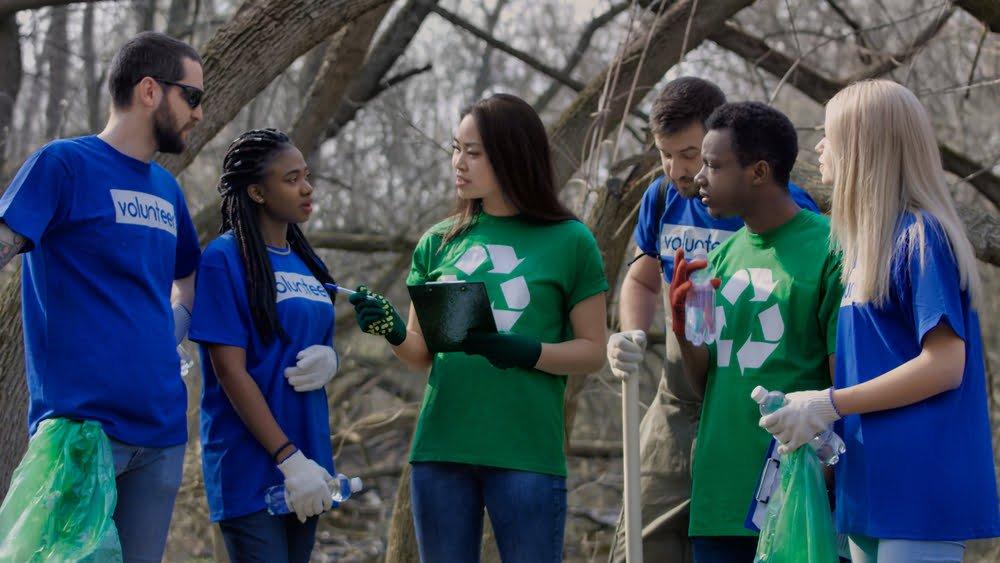 volunteers at community cleanup