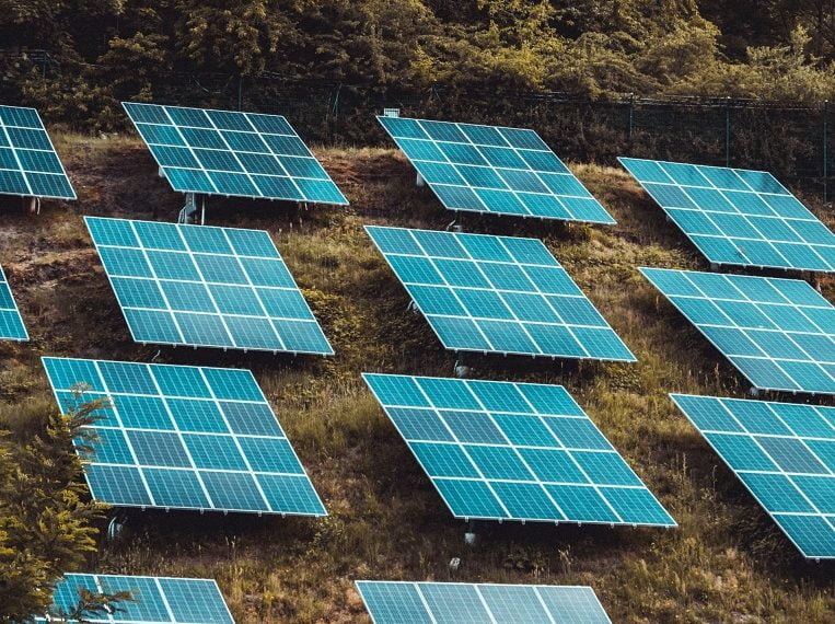 The Pros and Cons of Bifacial Solar Panels